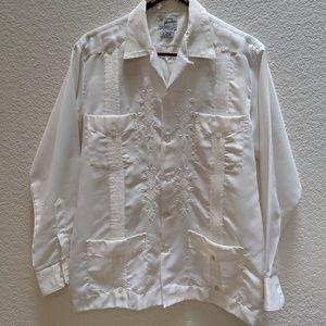 Yucateca white guayabera shirt. Sz 40